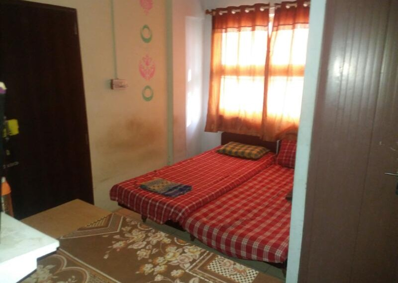 Tulja Estate Paying Guest Room.1