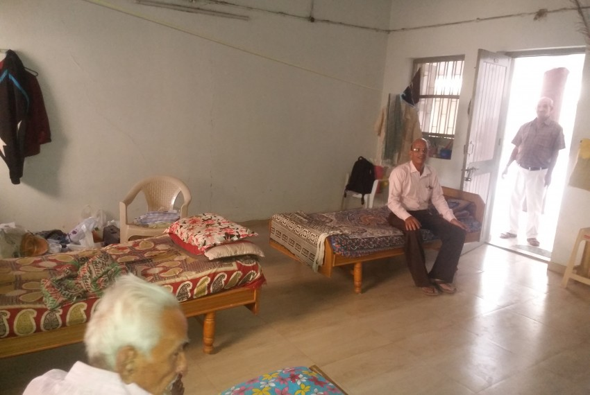 Vadilniwas Old Age Home 3 jpg