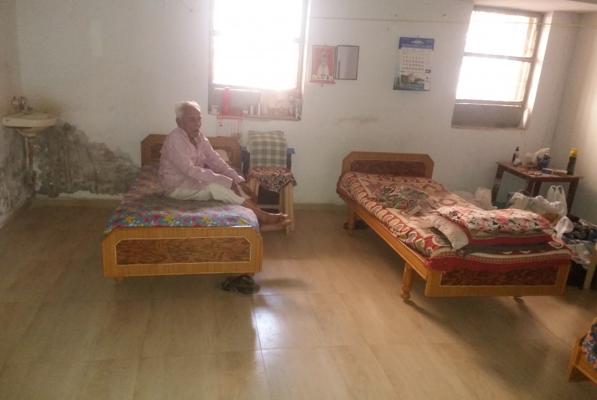 Vadilniwas Old Age Home 4 jpg
