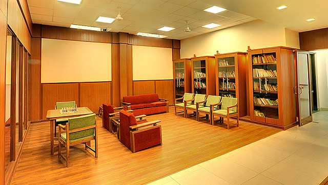 Club-Area-Library